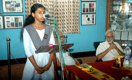 Reciting Edasseri poem - student of A.V. Higher Secondary School